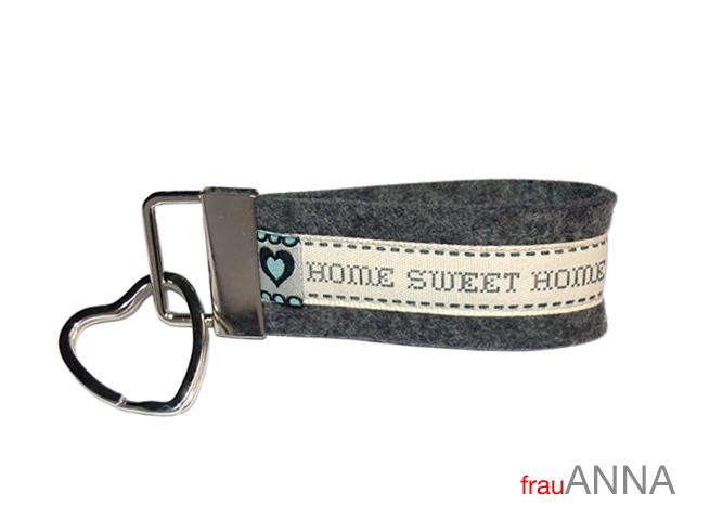 schl sselanh nger home sweet home wollfilz herz schl sselband. Black Bedroom Furniture Sets. Home Design Ideas